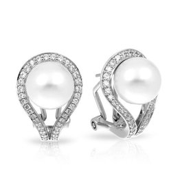 Belle Etoile Claire Collection Pearl Earrings