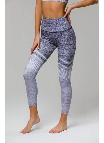 Onzie Onzie High Rise Midi Legging Graphite Chevron