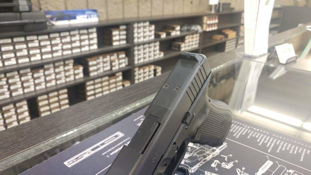 Glock Glock 17 Gen4 9mm MOS