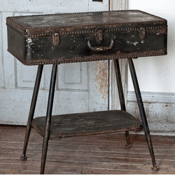 Delicieux PARK HILL  METAL SUITCASE SIDE TABLE