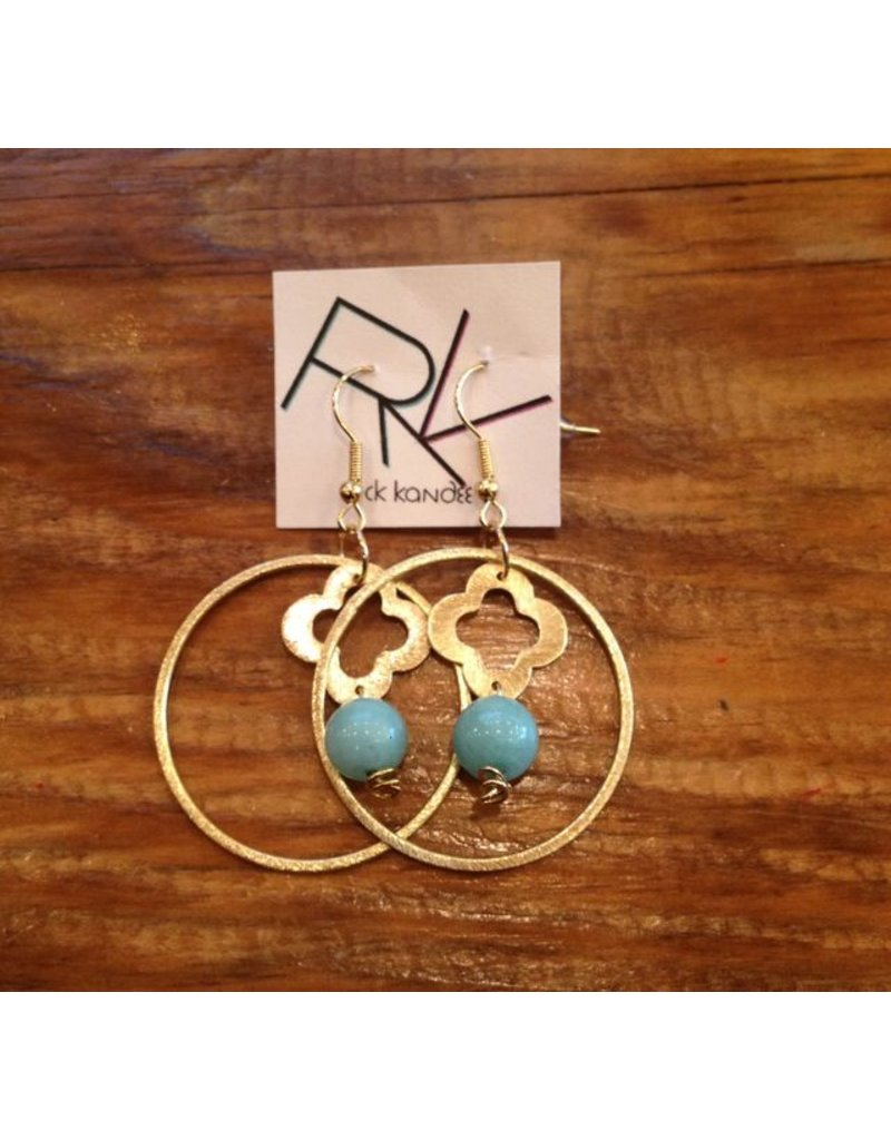 QUATREFOIL DANGLE HOOP