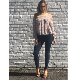 FLOWY OFF THE SHOUDLER BLOUSE