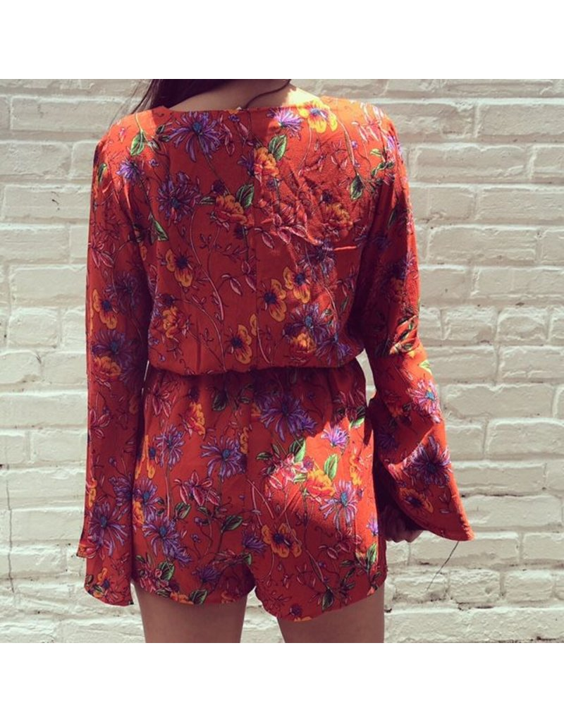 CARLY BELL SLEEVE ROMPER
