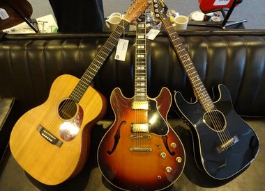 Vintage - Seasoned Instruments