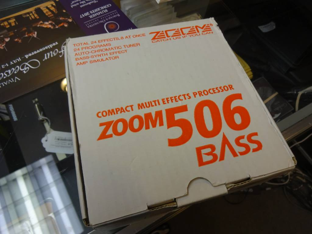 Zoom 506 Guitar/Bass Amp Simulator