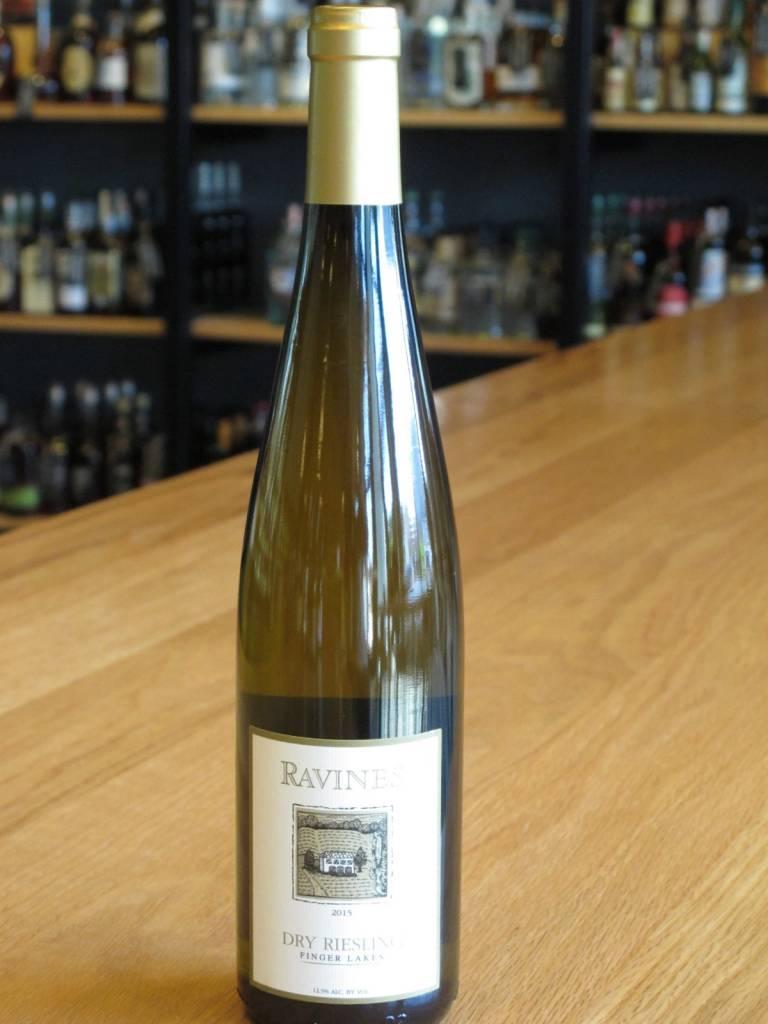 Ravines Wine Cellars 2015 Ravines Dry Riesling 750ml