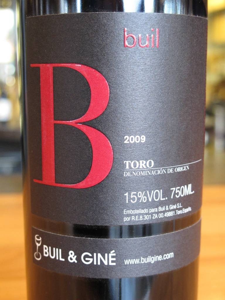 Buil & Giné 2009 Buil and Giné Toro Buil 750ml