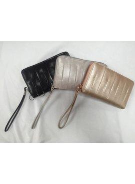 HOBO HOBO Amoret Leather Wristlet