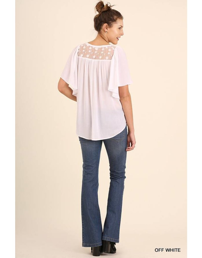 Umgee Relaxed Fit SS Top with Lace Details