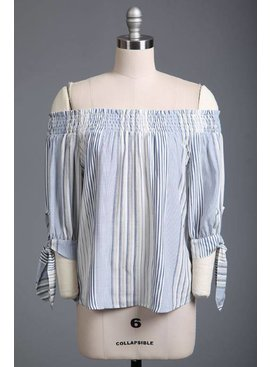 Sweet Wanderer Blue Pepper Woven Top