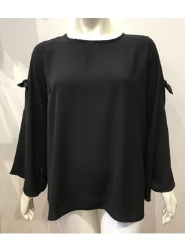 Spin Blouse With Split Sleeves