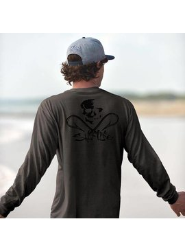 Salt Life Skull And Hooks Long Sleeve Pocket Tee
