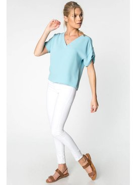 Everly EVERLY V Neck Top