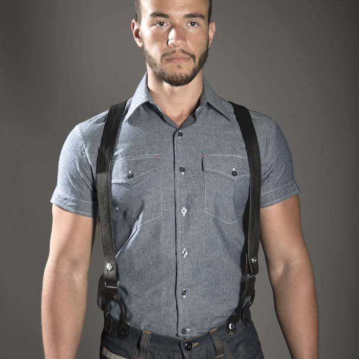Suspender, Button Hole