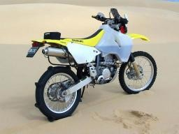 Suzuki DRZ400 Safari  28 litres / 7.4 US Gallons Natural E MODEL ONLY