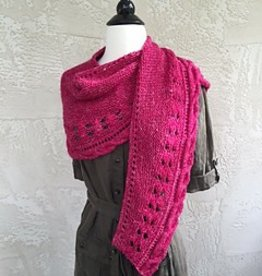 Hikoo Wandering Moon Shawl Kit