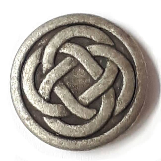 Dill Buttons Dill Buttons - Celtic Knot Button