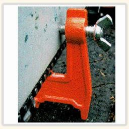 Forester Stump Vise, a must have tool for loggers, Arborists