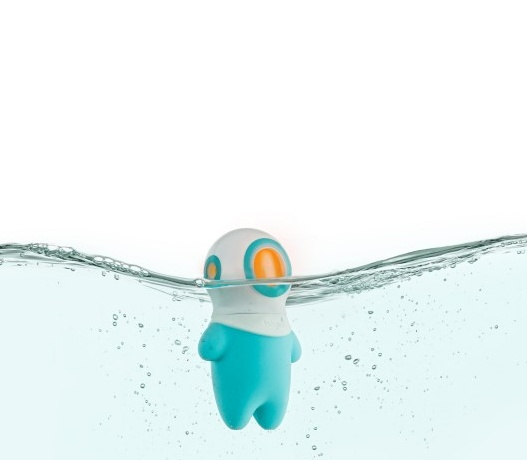 Tomy Marco Light-Up Bath Toy