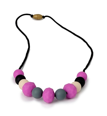 chewbeads Chelsea Necklace Fuchsia