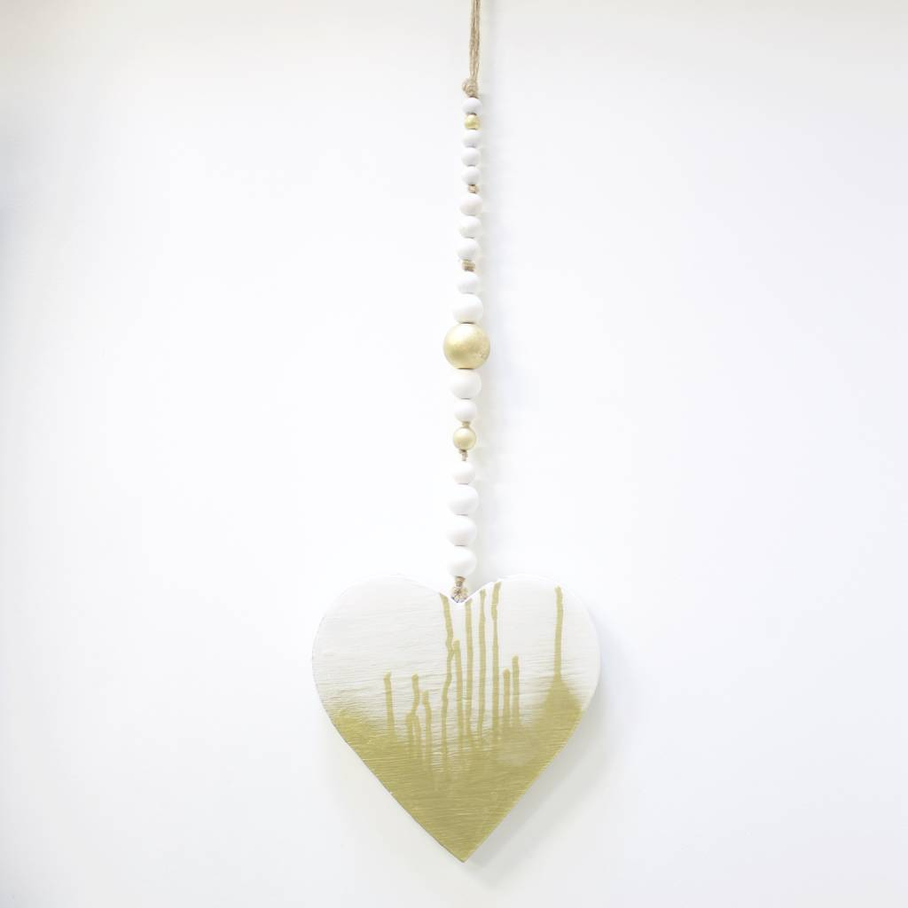 Entouquet Medium Gold Drip Heart Hanging