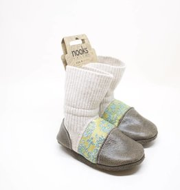 Nooks Slip-On Baby Booties - Size 4 (6-12 Months)