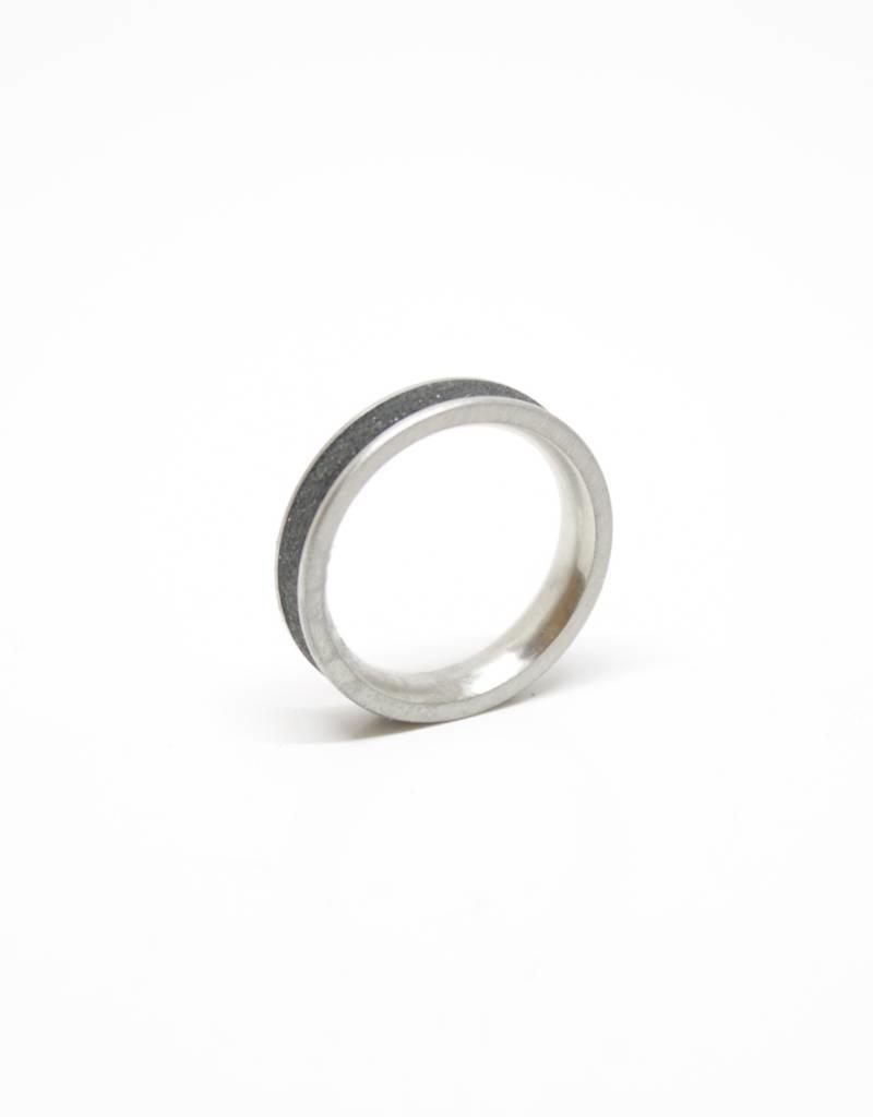 Konzuk Coal Black Concrete Ring with Diamond Dust Thin alchemy