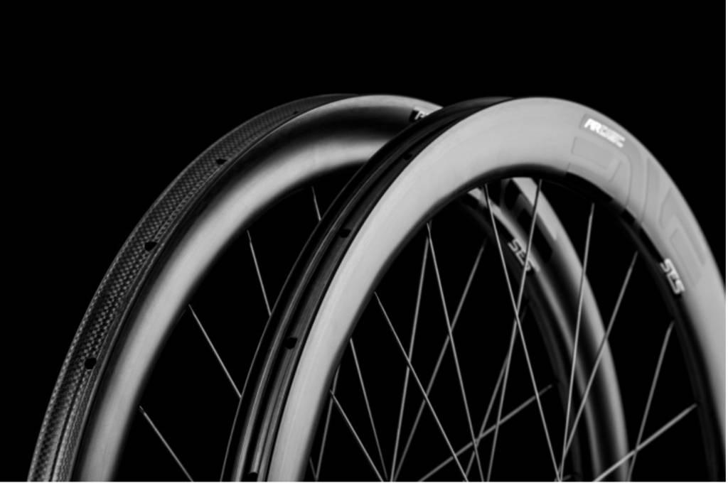 Enve Composites ENVE SES 4.5 AR DISC CARBON FIBER ROAD WHEELSET