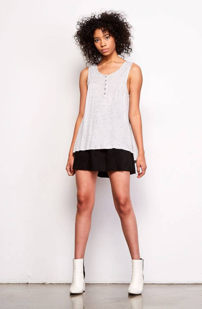 BB Dakota Malea Light Grey Tank