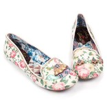 Irregular Choice Testudo