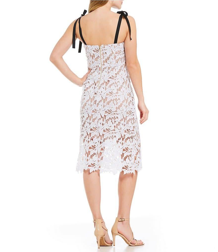 Donna Morgan Luna Lace Dress