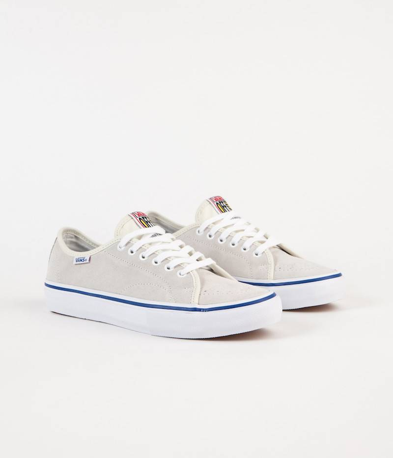 Vans Shoes AV Classic White/Blue