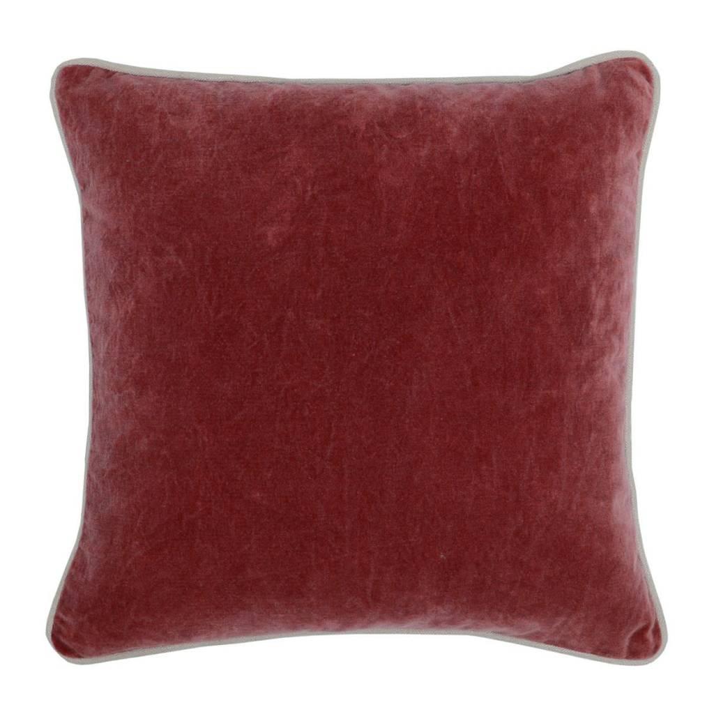 Heirloom Velvet Vintage Red 18 x 18