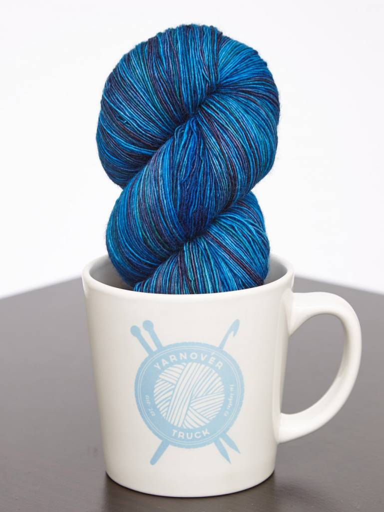Yarnover Truck YOT Lace - Marbled Bright Blue