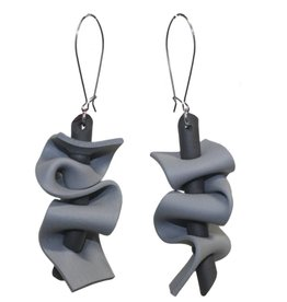Neo Neo Ruffle Earrings