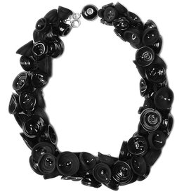 Alicia Niles Pod Necklace - Black