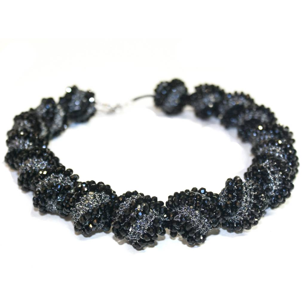 Jianhui Jianhui Crocheted Crystal Necklace