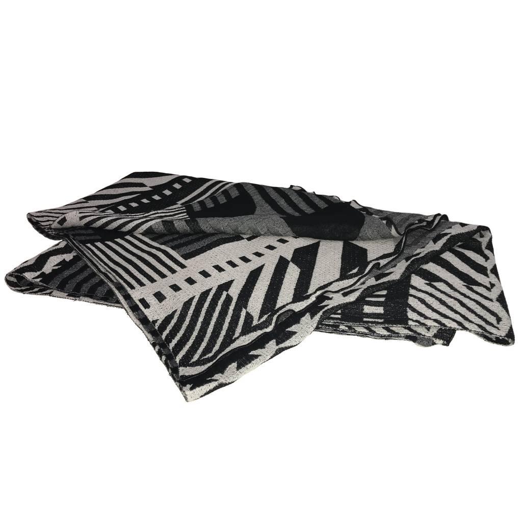Nuno 35th Anniversary One-Armhole Shawl - White/Black