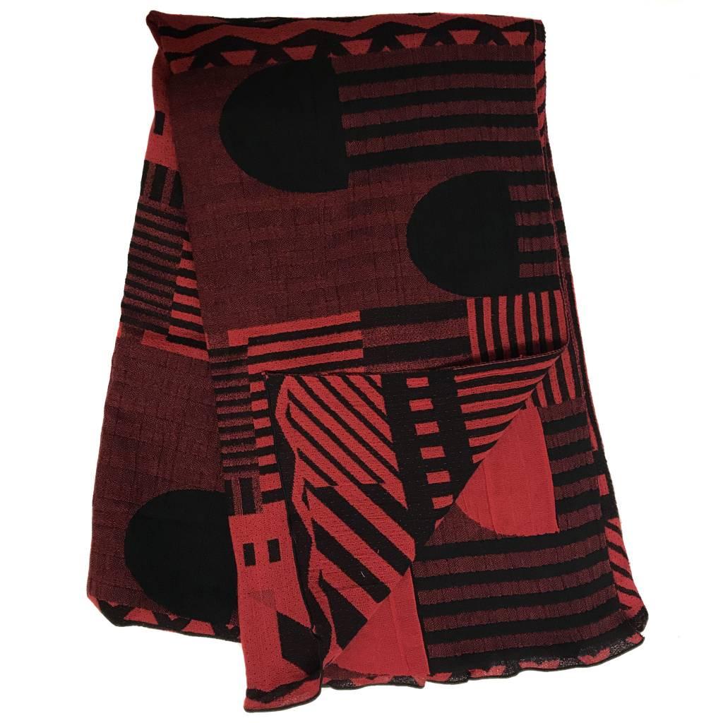 Nuno 35th Anniversary One-Armhole Shawl - Red/Black