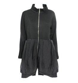 Comfy Comfy Sandy Jacket - Abstract Black Print