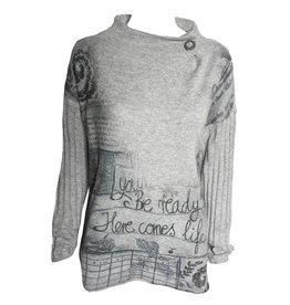 Yoshi Yoshi Yoshi Yoshi Button Collar Long Sleeve Sweater - Light Grey