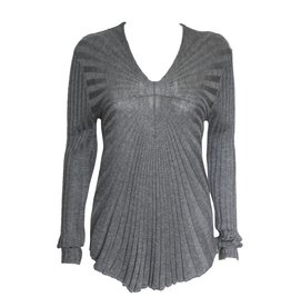 Colour 5 Power Colour 5 Power V-Neck Ribbbed Knit Sweater - Light Grey
