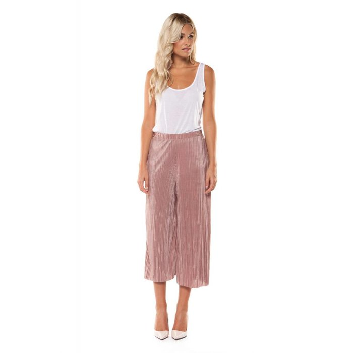 Wide Leg Pleated Capri