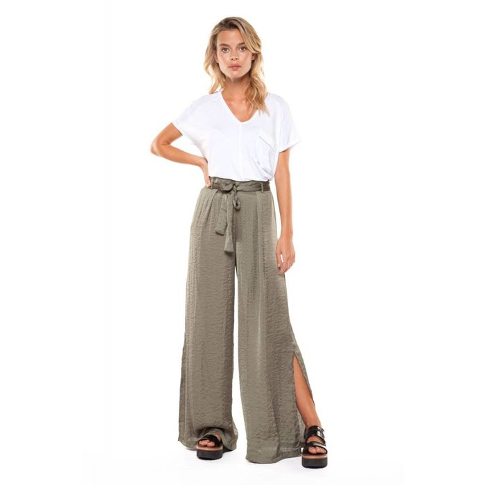Wide Leg Pant with Side Slit