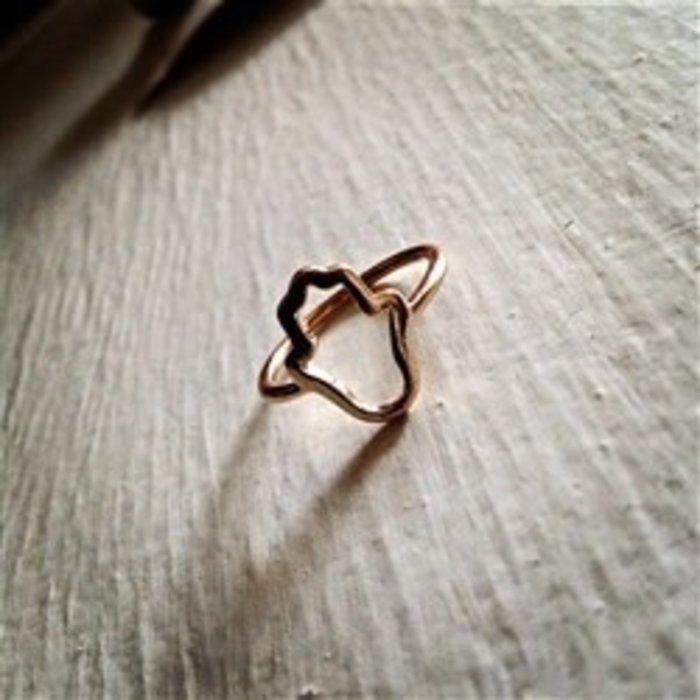 Hamsa Ring Gold