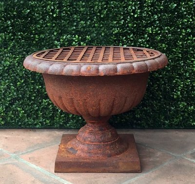 Cast Iron Rusted Iron Urn