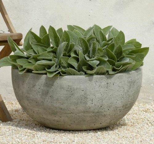 Cast Stone Sarinac Planter