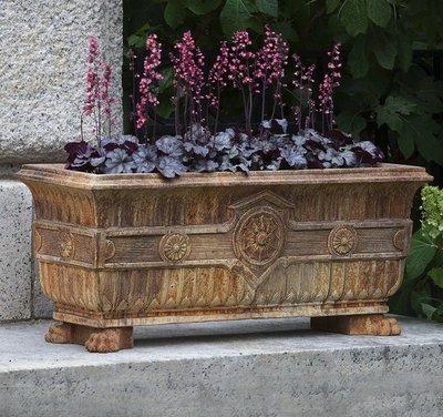 Cast Stone Smithsonian Eastlake Fern Box