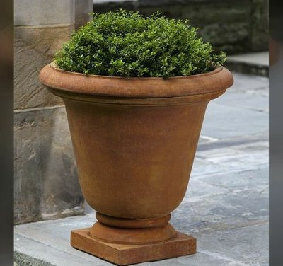 Cast Stone Hampton Urn
