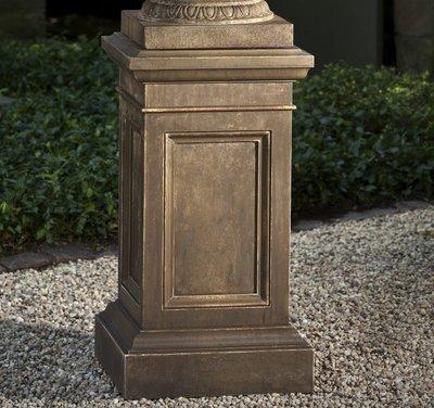 Cast Stone Coachhouse Pedestal